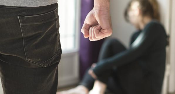 La violencia de género en el embarazo aumenta el riesgo de parto prematuro y depresión posparto