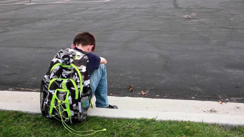 Complicaciones en el nacimiento y retraimiento social en la pubertad