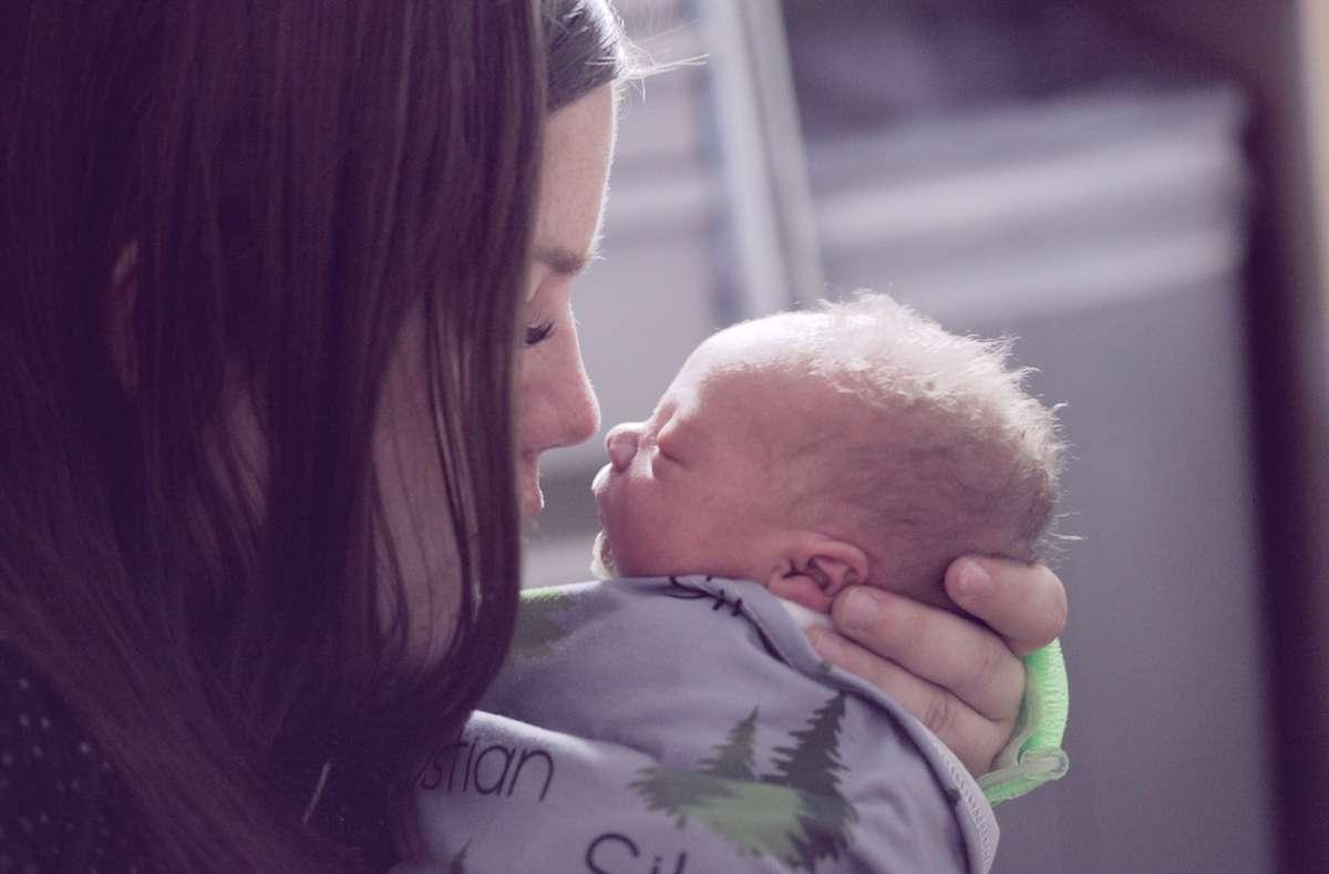 Diseñado para enamorar: el olor de la cabeza del recién nacido, clave para el vínculo madre-bebé
