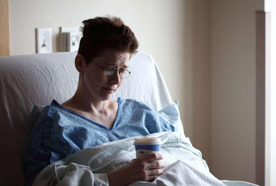 Las mujeres con embarazo de riesgo necesitan apoyo psicológico