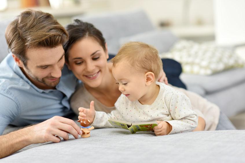 Los cerebros del bebé y los adultos se sincronizan mientras juegan