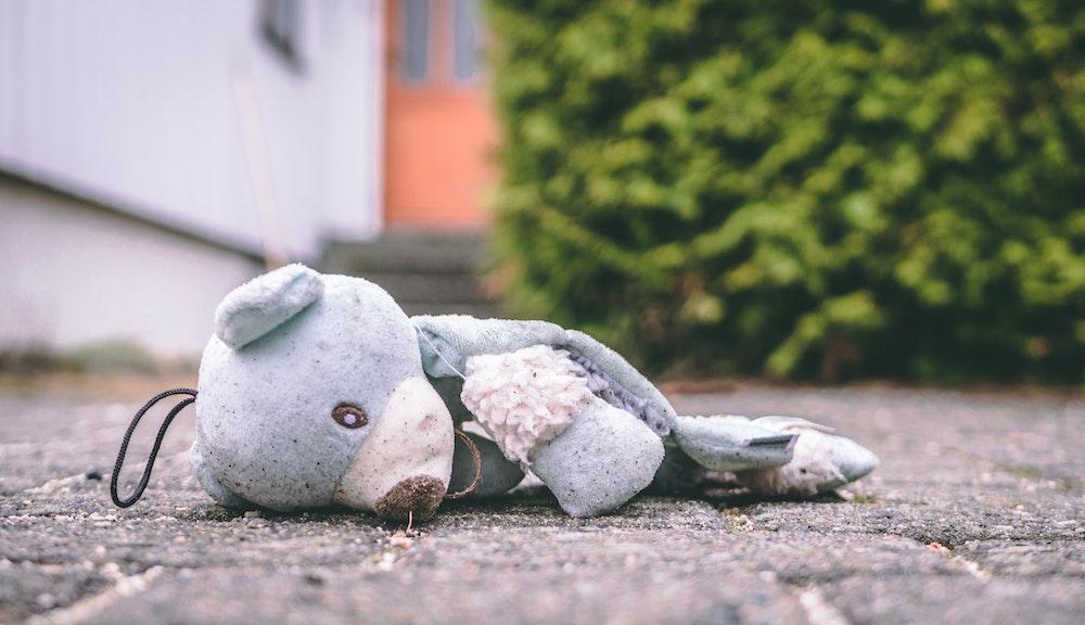 Los traumas en la infancia temprana pueden acelerar el envejecimiento