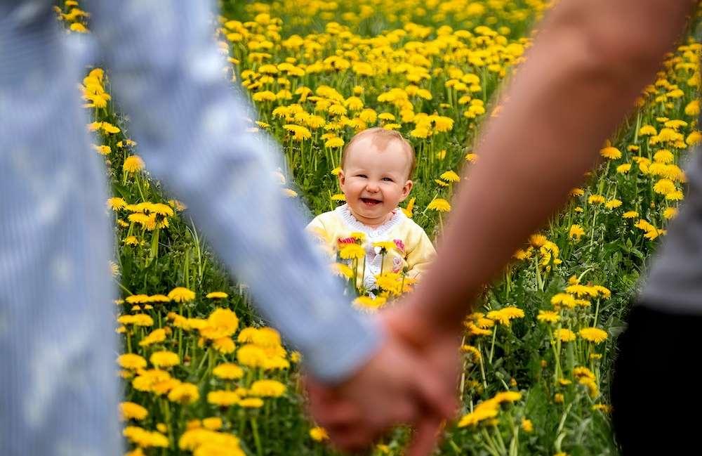 Una crianza amorosa mitiga los efectos de la adversidad temprana sobre la inteligencia infantil